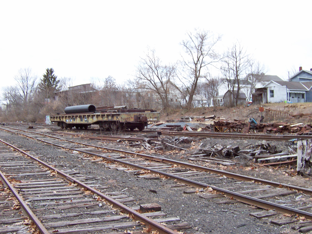 Greenwich NY - Railroad ruins - at kunstler.com