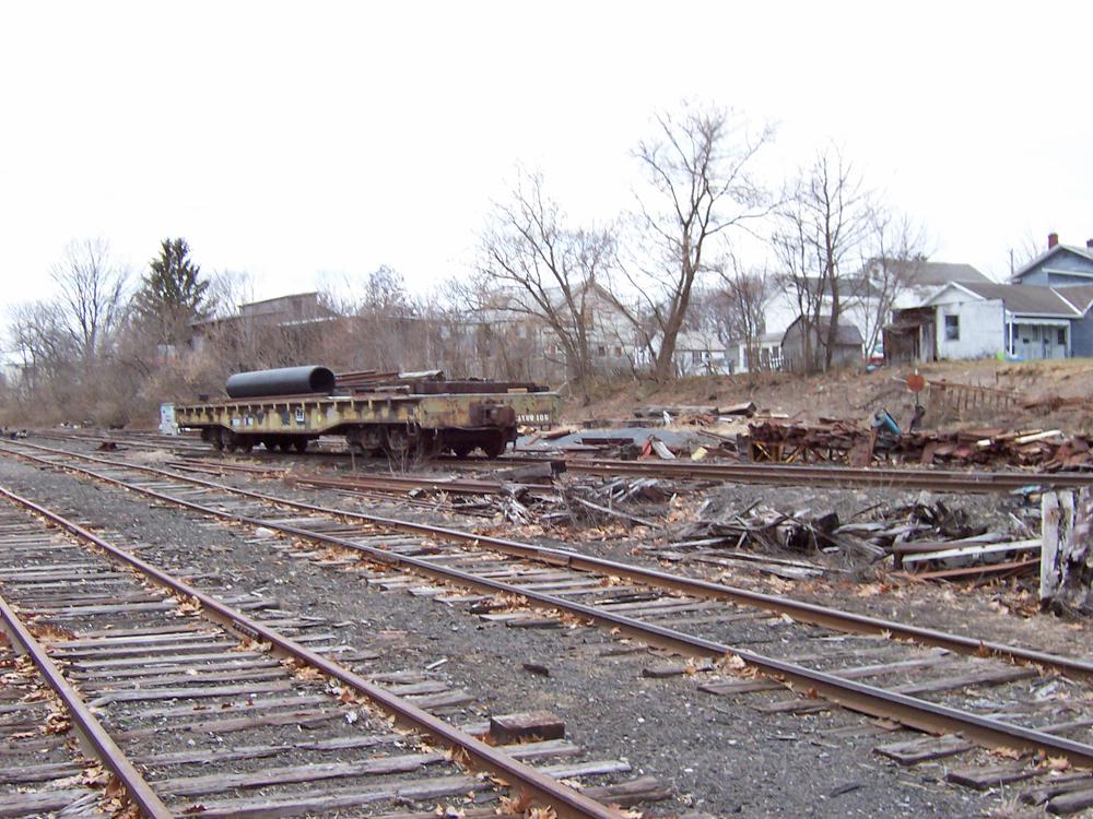 Greenwich NY - Railroad ruins - at kunstler.com