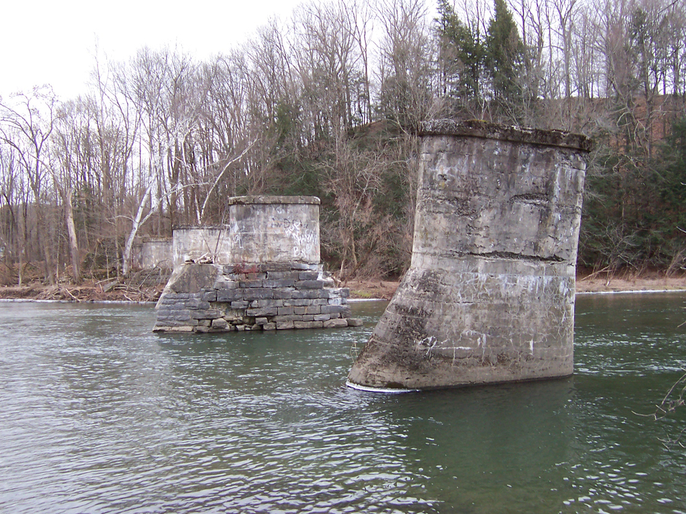 Greenwich NY - trestle ruins - at kunstler.com